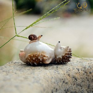 EVERYDAY COLLECTION Lovely Fairy Garden Miniatures Resin Hedgehog Figurine for Adults Child Office Decoration Desk ornament Y200104