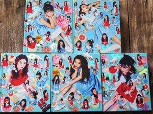 Kırmızı Kadife Specialty Mini 4 ROOKIE CD + resmi kore versiyonunu Photobook 03,2020