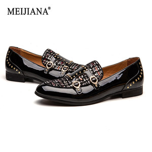 MEIJIANA 2019 New Men's Wedding Shoes Men's Loafers Paint Belt Buckle Dinner shoes Brand Casual Shoes Plaid Pattern