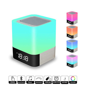 LED 디스플레이 핸즈프리 알람 시계 마이크로 SD와 사향 DY28 플러스 휴대용 블루투스 스피커 LED 나이트 라이트 램프 내장 4000MAH