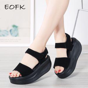 EOFK Plataforma Sandalias de Mujer Zapatos Planos Casuales Verano 2019 Sandalias de Cuero Genuino Plataforma Plana Alta Zapatos Mujer Concisa