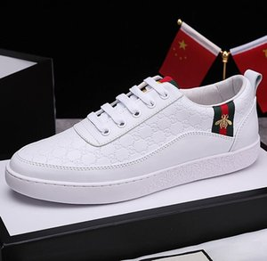 fashion high quality mens designer shoes off leather Ace white sneaker with bee casual Shoes for mens running athletic GUCGI