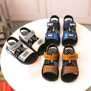 New Summer Children's Sandals Boys Fashion Impermeabile Scarpe per bambini Design Design di alta qualità Scarpe da spiaggia per bambini in pelle 3 colori Spedizione gratuita
