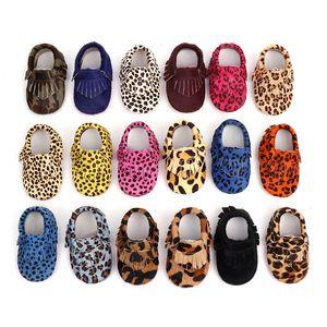 Детские мокасины обувь для новорожденных из натуральной кожи Leopard печать Первый ходунков Мягкой дна конского волоса кисточка малыши обувь 17 цветов M878