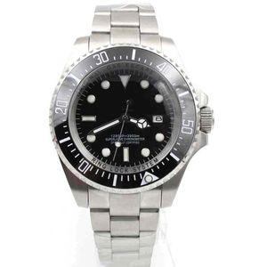 mens orologi di lusso profonda lunetta in ceramica Sea-Dweller Sapphire Cystal acciaio inossidabile Glide blocco solido Chiusura Uomo Automatico Meccanico Watch