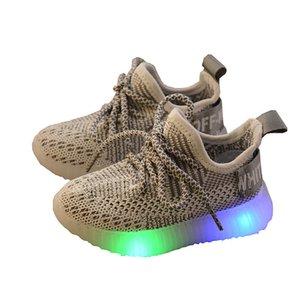LED Light Shoes Kids дети девушки спортивные повседневные освещенные кроссовки для малышей мальчиков светящаяся сетка-воздух вязание студент T200421