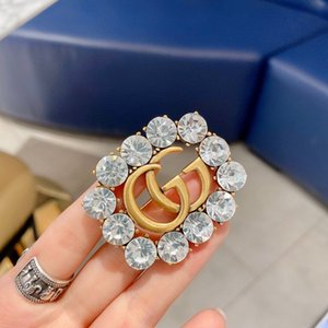 Wholesale vintage pendant flower crystal rhinestone alloy brooch jewelry fashion brooch pin g17