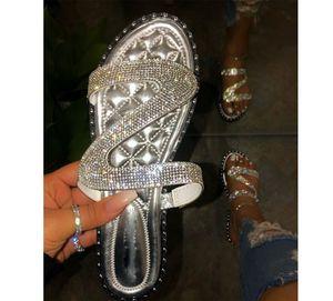Hot Mulheres Sandálias Sapatos Fora Casual Chinelos vara O Rhinestone Plano Buckle Chinelos PH-CFY20050914