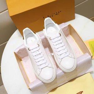 Louis Vuitton LV shoes   Nuovo Triple-S pattini di svago Parigi Luxury Shoes papà Arcobaleno Triple S Sneakers per Uomo Donna Vintage Kanye vecchio nonno Trainer mkn05