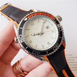 Relojes de lujo para hombre para los niños del bule esfera del reloj femenino diseñador de Big 44mm selección Royal Oak reloj de moda de estilo reloj de pulsera de goma multicolor