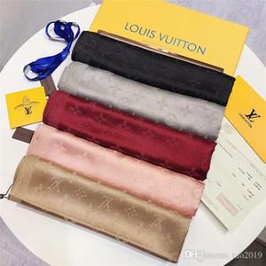 Sciarpa di seta della signora alla moda di nuovo design brillante sciarpa di seta di seta del progettista sciarpa d'oro e argento di lusso sciarpe di lusso per uomo e donna