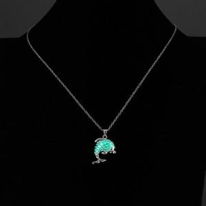 Estilos prata banhado JRL colar luminoso encantador Dolphin Colares do criativa 3 Cor brilhando no escuro Jóias presente para o amigo