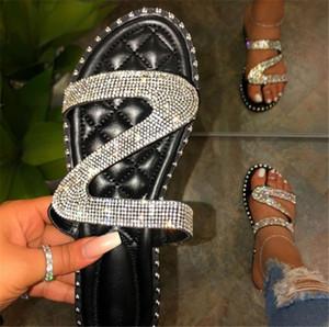 Mulheres 2020 Sandálias Sapatos Fora Casual Chinelos vara O Rhinestone Plano Buckle Chinelos 3 cores PH-CFY20050914