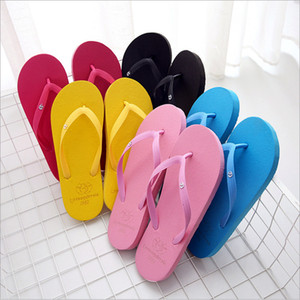 2020 Adult lady girls mix colors Flip Flops Flat and non-slip outsole PVC beach material slippers