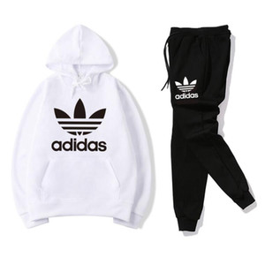 Горячие продажи набор Sweatsuit Дизайнер Tracksuit Man толстовки + брюки Мужская одежда Толстовки Пуловеры женщин вскользь теннис Спорт костюм тренировочный костюм