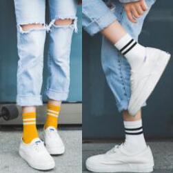 Female Socks Striped Tube Socks College Wind Sports Cotton Sock Two Bar Sock Women's Socks Wholesale