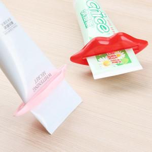 도매 홈 튜브 롤링 홀더 압착 다기능 치약 스 퀴저 섹시 핫 립 키스 욕실 튜브 디스펜서 스 퀴저 DH0709