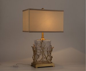 Publicar moderno estilo chino toda la lámpara lámpara de escritorio de cobre rama de cristal salón sala villa modelo vestíbulo del hotel escritorio de cristal de estilo americano LLFA