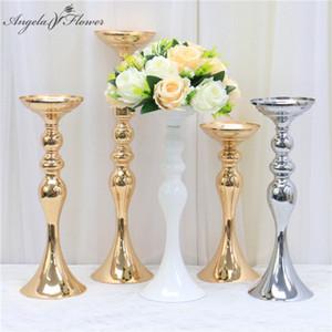 Los titulares de oro blanco de plata de la vela candelabro de metal Soporte de flor florero Tabla central de la flor Evento rack carretera plomo decoración de la boda T200103
