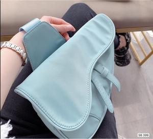 2020 Famous Design Damen Handtasche neuer Brief Umhängetasche Qualität Canvas Messengerbag Luxus Satteltasche 20cm, 25cm