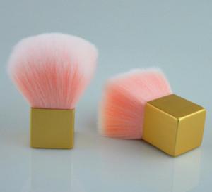KIKO Pennello in polvere sciolto Manico corto Fungo Blush Dolce rosa Spazzole per trucco per capelli Cosmetici per donne Strumenti per pennelli con scatola in PVC