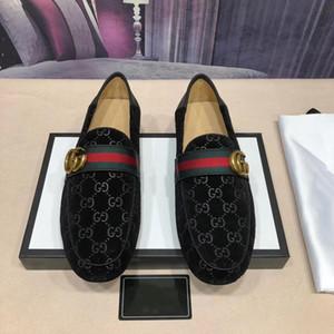 Best Luxury Qualidade marcas de pôr os pés Sapatos Masculinos formais couro genuíno Plano de Negócios Padrão Lazer sapatos marrom preto sapatos manta Escritório