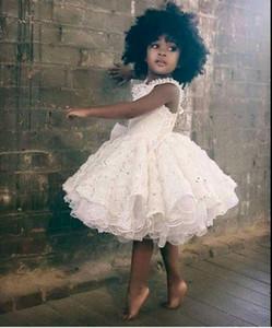 2020 Princesse mignonne de petit gâteau robes fille fleur dentelle perlée Bow couches faites à la main Fleurs robe de bal première communion robe de fête d'anniversaire