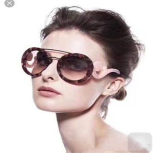 HOT NEW High quality New fashion vintage sunglasses women Brand designer womens sunglasses ladies sun glasses with cases and box 133S