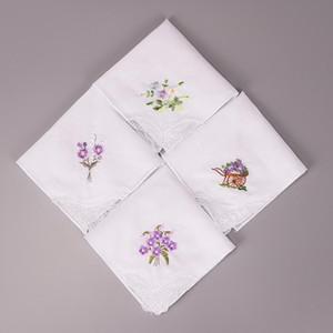 10PCS 빈티지 코튼 화이트 꽃 손수건 소녀 냅킨 수 놓은 여성 냅킨 수 놓은 나비 레이스 꽃 손수건
