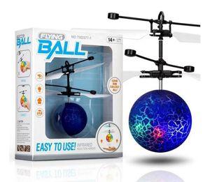 10models RC Drone volante elicottero sfera Aircraft Elicottero Led lampeggiante Light Up Giocattoli induzione giocattolo elettrico sensore bambini di Natale dei bambini