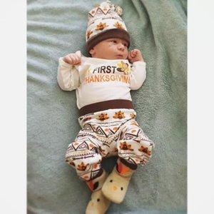 Yenidoğan Bebek Boys Kız Giyim My First Şükran Romper Pantolon Şapka 3PCS Seti Kıyafetleri Bebek Türkiye Geometrik Çocuk Giyim Butik 0-18M