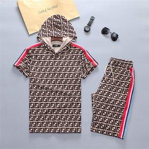 2020 New Mens designer sweatsuit Summer tracksuit Set Running mens tracksuit Letter Slim Clothing Track Kit Luxury Sports Short sleeve Suit