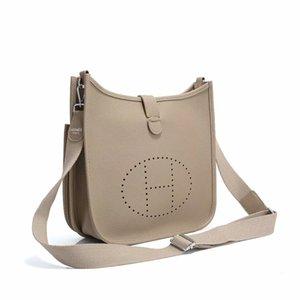 2020 Yeni Kadın Moda H Harfler Tasarımcı çanta Lüks Kalite Lady Omuz Crossbody Çanta Sıcak Messenger Çanta Büyük Hollow omuz çantası