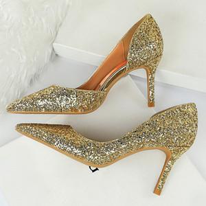 2020 Mujeres 8cm los altos talones de los talones del brillo de las lentejuelas brillantes Low Oficina Hollow bombas de la señora femenina novia de la boda del oro Zapatos Scarpins