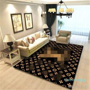 I nuovi arrivi del modello di lusso della lettera a casa Arredamento Camera da letto Front Door modo non Slip Mat tappeto del salotto Piano Cartoon Doormat
