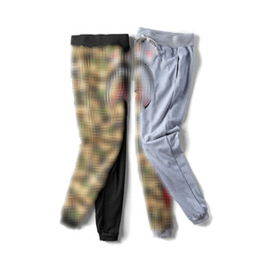 Mens Stylist Jogger Pants Shark Cartoon Printing Casual Pants Camouflage Stitching Pants Hip Hop Loose Trousers Street Clothing