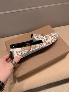 Marque cuir véritable Mocassins de haute qualité pour hommes au volant Chaussures d'été Slip-on Flat Mocassins Homme Chaussures bateau Casual