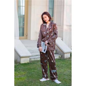 De lujo de alta calidad de dos piezas traje de seda temperamento Pareja pijamas de seda de hielo Home Use Mujer Impreso juego ocasional