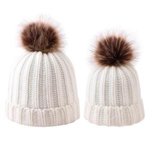 Parent-enfant Pom Pom Bonnet Mère Bébé enfants Matching laine à tricoter Pom Bonnet à pompon hiver chaud Bonnet Cap OOA7433