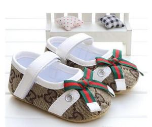 2018 Nova moda outono e inverno bebê pediátrica sapatos super confortável sapatos quentes do bebê menina Primeiros Caminhantes