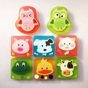 liu 100% natural children cartoon Oil Handmade Soap Portable Bath