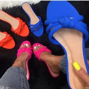 Горячая прямые сандалии Продажи-Фабрика женщина новых мужчины плоский с тапочками пляжной обувью крест удобных диких тапочек моды