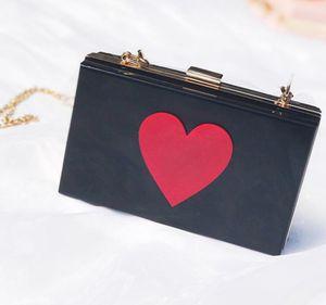 Дизайнер Женщины закрылков Hangbag Luxury Lady цепи плеча мешок моды Яркие сердца Сумки Простые сумки Высокое качество /