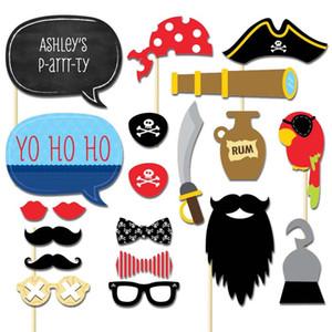 Neuer Entwurf Meidding 20pcs / Set Piraten Styles Photo Booth Props Lustige Schnurrbart Brille Bausätzen Lippen Geburtstags-Party-Dekoration Supplies