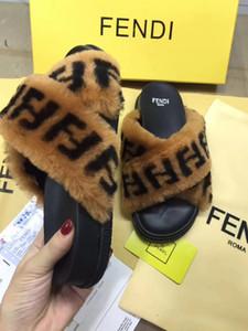 2020 donne di lana d'inverno pantofole di pelliccia di lusso originale modo di marca fondo spesso Vera Pelle Lady Lettera caldo morbido pantofole dei sandali 104