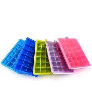 Le moule de silicone de catégorie comestible moule le cube en glaçon de 24 réseaux avec des outils clairs de crème glacée de couvercle de couleur bleu-vert 7js E1