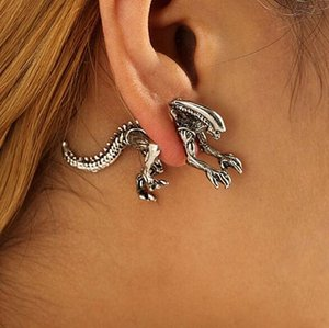 Alien Pendientes Pendiente de dinosaurio Pendientes de esmalte negro para las mujeres Animal Piercing Ear Jewelry