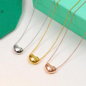 дизайнер Минималистский стиль Мини сердце ожерелье Luxury Link Chain Литтл Gold Bean Jewelry никогда не увядает Молодые лошади