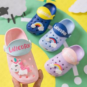 Jungen-Mädchen-Sommer-flache Sandalen Kinder Cartoon Unicorn Cave Schuhe Antiskid Baby Slipper Strand Flip Flops für Kinder im Freien Slipper D62207