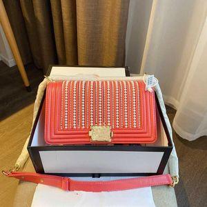2020 brand fashion luxury designer womens bag Pearl one shoulder inclined bag, fashion handbag